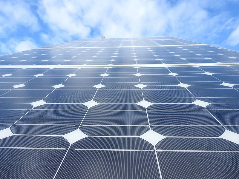 Researchers find way to make solar cells lightweight, more efficient, bendable and easy to mass produce