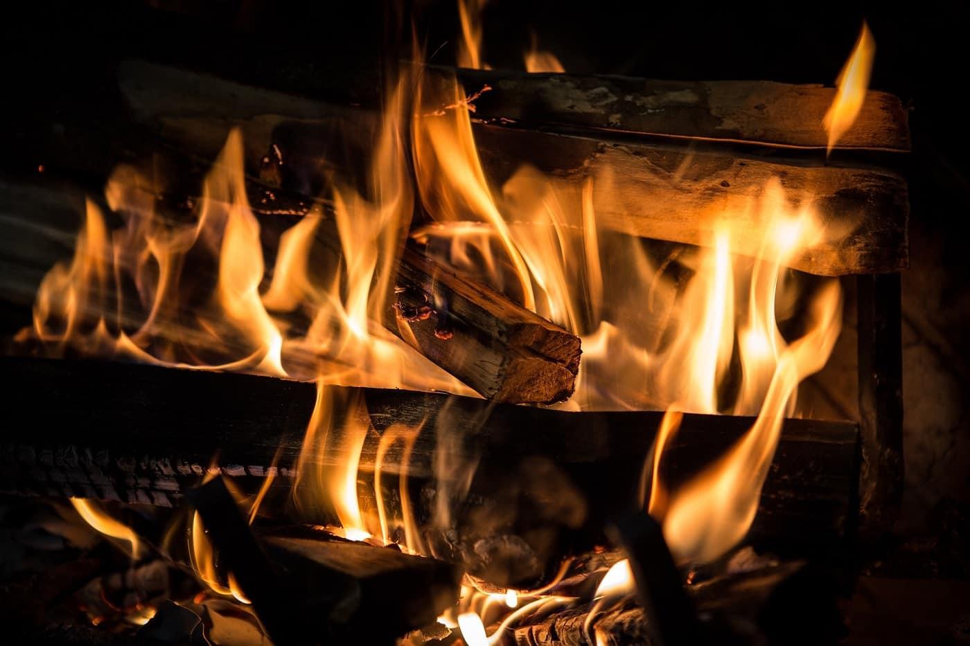 Wood-burning stove via Pixabay